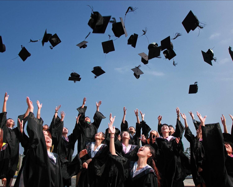 Graduate CV Example & How to Write